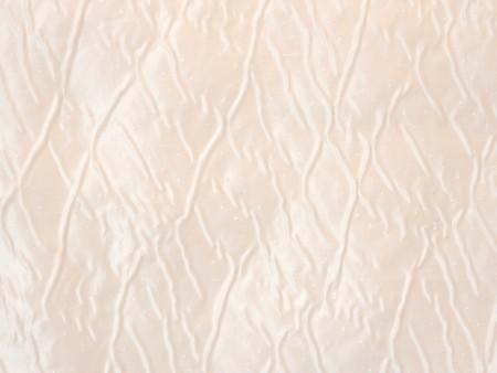Broché de soie blanc nacré