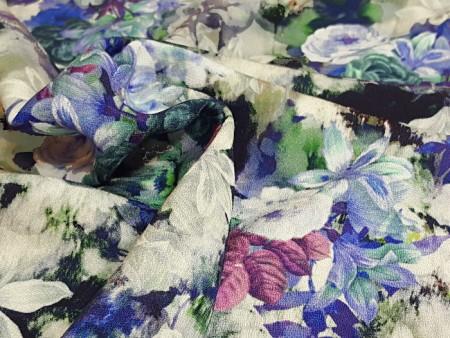 Crêpe imprimé fleurs bleues