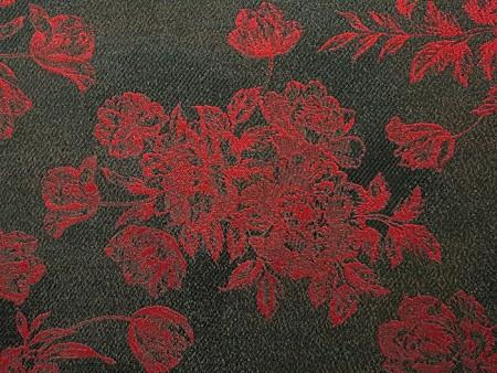 Jacquard rouge et noir
