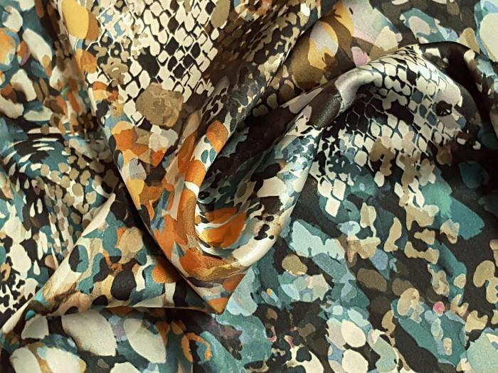 Satin de soie imprimé léopard